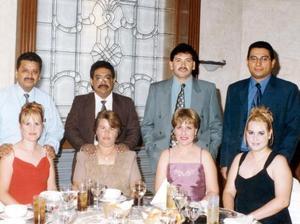 Juan Manuel López, Blanca Carbajal de López, Joel Villarreal, Griselda  Carbajal, Martín Guerra, Flor Carbajal de Guerra, Alfonso Arias y Alejandra Carbajal de Arias.