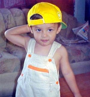 <b> 16 agosto </b> <p> Héctor Adrián Pinto Banda cumplió dos años de vida.