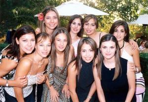Leslie Hernández, Magda Navarro, Luz María Herrera, Sofía Pámanes, Isabel Cobo, Ana Carmen García, Alejandra Castañeda y Karina Martínez acompañaron a Gabriela Díaz de León en su despedida de soltera.