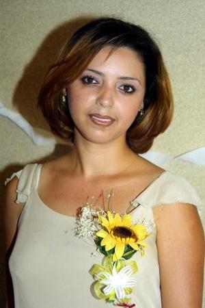 Alicia Soto Ravelo recibió diversos artículos para el hogar en la despedida de soltera que le ofrecieron con motivo de su cercano matrimonio.