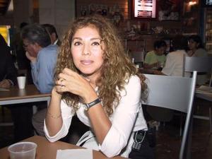 Norma Pérez se trasladó a Monterrey para tratar asuntos de la industria cosmética.