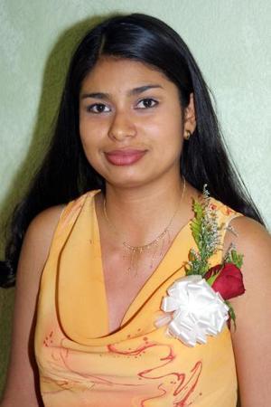 <b> 17 y  18 de  agosto </b> <p>Una fiesta de despedida fue ofrecida en honor de Liliana Hernández del Valle por su boda con Omar Saucedo Romero.