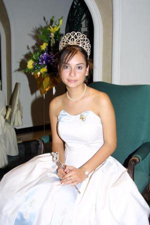 Lesly Rivera Lavín reina del Club de Leones Nous A.S.