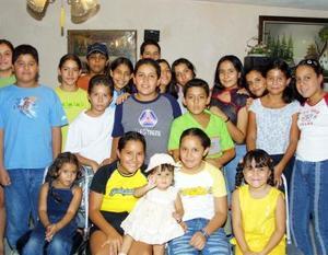 Jesús Roel Ávila Acevedo cumplió 12 años y los festejó con un convivio ofrecido por sus padres.
