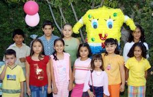 Nidia Verónica Lugo Pérez festejó su octavo cumpleaños, en compañía de sus padres y demás familiares y amigos.