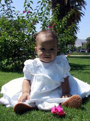 Niña Paola Estefanía Castillo Ávalos cumplió un año de vida el martes 12 de agosto, es hija del Ing. Francisco Javier Castillo Olguín y Virginia ÁValos Martínez.