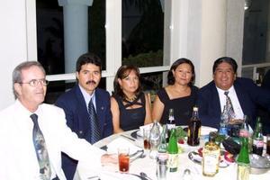 Cruz González  Ugarte, Juan Francisco Padilla, María Cristina de Padilla, Paquita de Núñez y Francisco Núñez González.