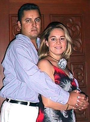 En recien festejo social estuvieron Roberto García de León y Juanis Rodríguez.