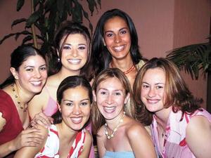 Jessica González, Sandra Garibay, Marcela Beltrán de Río , Alma González, Claudia Velazco y Rosina Olhagaray.