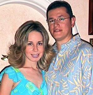 Mayra Rodríguez de Rivero y Gabriel Rivero.