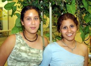 Natalia Álvarez y Sandy Nava.
