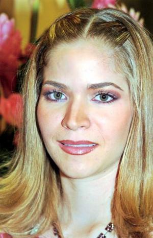 Una primera despedida de soltera le ofrecieron a la señorita Ana Sofía González Salazar con motivo de su próxima boda con Jesús Ortuño Garza.