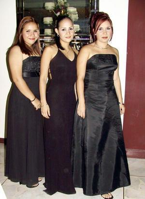 Karla E., Lourdes A. y PAloma Silva Rivera.
