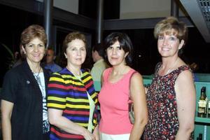 Chela de Willy, Cristina de Valencia, Cecilia de Arce y Angelita de Samia captadas recientemente.
