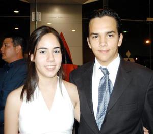 Karina Becerra y Alejandro Mijares.