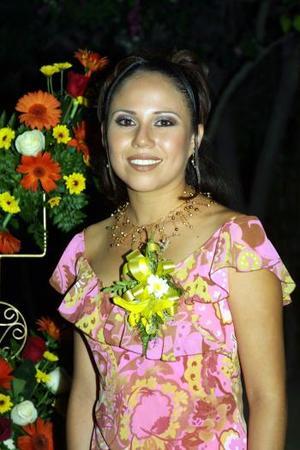Ivonne Idaly Mendoza Tirado, en la despedida de soltera que le ofrecieron.