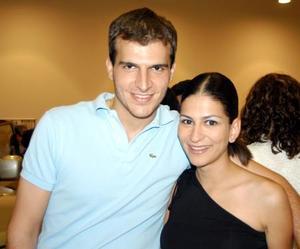 Adrián Murra y Paty García.