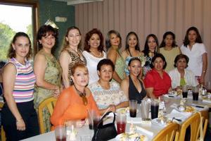 <b> 28 de agosto </b> <p> Recientemente festejaron con una despedida de soltera a Marie Jazmín Silva de Anda, a la que acudieron numerosas amistades y familiares.