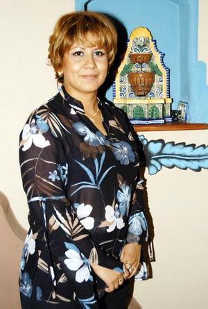 <b> 29 de agosto </b> <p> Por su onomástico fue festejada con un convivio Griselda Nuñez de Martínez, preparado por su esposo, Alejandro Martínez Hernández.