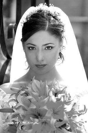 Lic. Anaviet Berenice Garcpia Barragán unió su vida en el Sacramento del matrimonio a la del Lic. Michael Alexander García Lash. <p><i>Estudio: Maqueda</i>