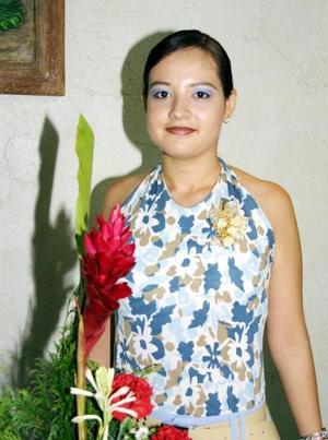 Con motivo de su boda con Jesús Gómez Dena a celebrarse el próximo diez de octubre festejaron con una despedida de soltera a Karla Leticia Barrón.
