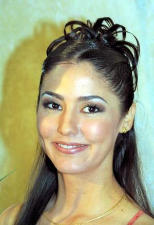 Ing. Gabriela Fernández González captada en su primera despedida de soltera