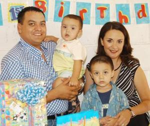 Victor Gerardo Ortega Rodríguez festejó su primer año de vida, es hijo de Aldo Paul Ortega Molina y Leticia Rodríguez de Ortega.