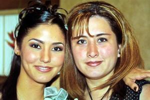 Gabriela Fernández y Mónica Orduño.