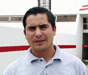Luego de participar en un curso de capacitación MIguel Acosta regresó de Italia.