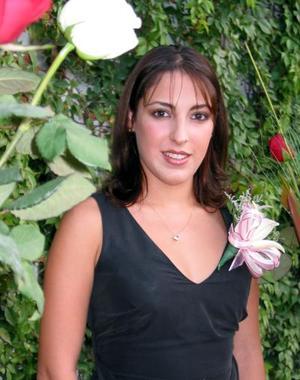 Diana González Martínez en la despedida de soltera que le ofrecieron.
