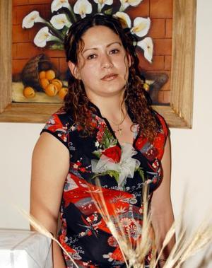 <u>31 de agosto </u> <p>Yazmín ramos fue agasajada con una fiesta de despedida.