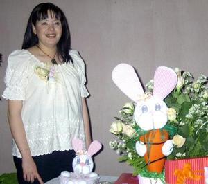 Con una fiesta de canastilla festejaron a María del Socorro  Cardona Favela, ofrecida por María y Victoria Favela y Petra de Moreno
