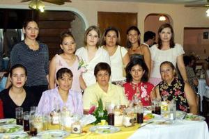 Zaide Zulema Zuñiga Sandoval, fue agasajada con una fiesta de despedida, organizada por Ignacia Sandoval de Zuñiga Y Raquel Castillo de Bordallo.