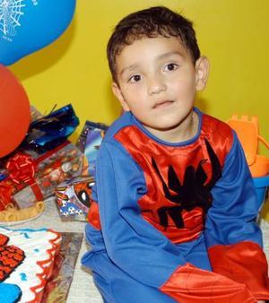 Al estilo de El Hombre Araña el pequeño Diego Alonso celebró su cumpleaños con un convivio ofrecido por sus padres Arturo Hoyos y Maribel Álamos
