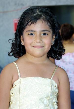 Alejandra Salas Sánchez celebró su séptimo aniversario de vida con un convivio ofrecido por sus papás Francisco Javier Salas y María del Conselo Sánchez.