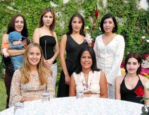 En la despedida de soltera de Diana González Martínez estuvieron presentes Vanessa de Sandell, Alexander Sandell, Alejandra de Batarse, Karina de González, Paty y Poly Ramos y Mirvat Jalil.