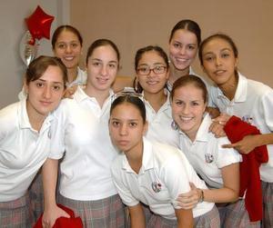 Marú Rodríguez, Laura Pérez, Diana Nahle, Regina Ibargüengoytia, Susana Garza, Areli Gómez, Tahanny Lee y Ale Celayo.