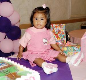 <u>03 de septiembre</u> <p>  La niña Jessica Alejandra Álvarez Goytia celebró su primer año de vida con una fiesta preparada por sus papás.