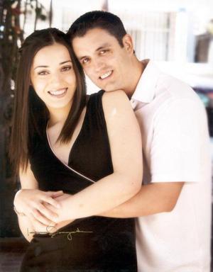 <u>  06 de septiembre </u> <p> Rocío Camacho Macías y Jorge Nieto Zúñiga contrajeron matrimonio recientemente.
