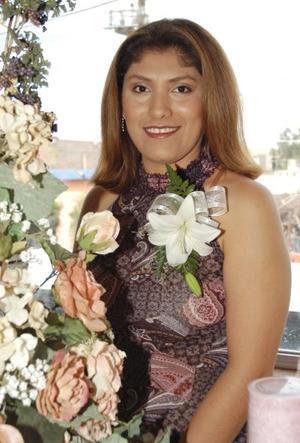 Por su boda con Fabián Echávarri Marentis, Alma Lares Ortiz fue festejada con una despedida de soltera.