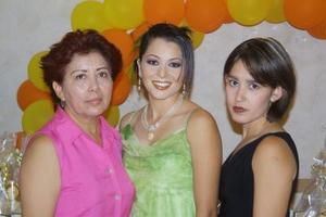 Con una despedida de soltera festejaron a Jinnya Durán Rangel, preparada por María de Jesús Rangel de Durán y Cinthya Durán Prieto, la festejada se casará con Ulises Sánchez Álvarez Samaniego.