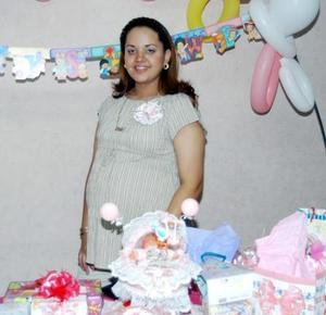 <u> 05 de septiembre </u> <p> Fabiola Guerrero fue captada en la fiesta de canastilla que le ofrecieron por el cercano nacimiento de su bebé.