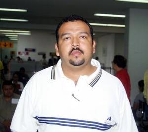 <u> 06 de septiembre </u> <p> Fernando Martínez se trasladó a la capital del país para atender asuntos de trabajo.