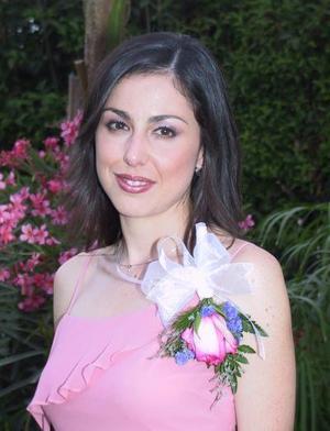 Por su próximo enlace  matrimonial, Luly Díaz de León Maizterrena, fue despedida de su soltería, ella se casará con el señor Lázaro Balandra.