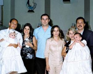 Antonio Ernesto de la Mora, Marcela Galindo de De la Mora, Heriberto Galindo , Cristela Muñz de Galindo, Nancy Muñiz de Lozoya, Víctor Lozoya y los niños Yeiko y Sofía Galindo