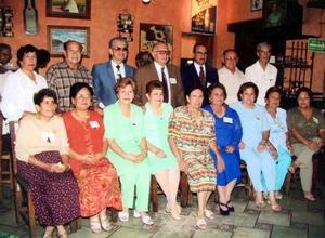 Recientemente se reunieron  algunos ex alumnos  de la generación del 53 para celebrar su Jubilación de Oro de graduación de la Academia Zaragoza.