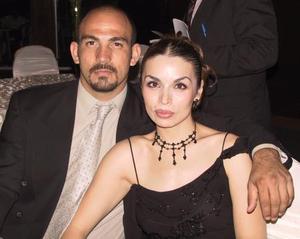 Omar Nohra y Cynthia Nevárez.