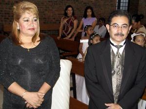 Irma Ruelas de Burguette y José Luis Burguette.
