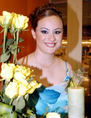 Alma María González Treviño se casará en breve y por tal motivo fue ofrecida una fiesta de despedida en su honor.