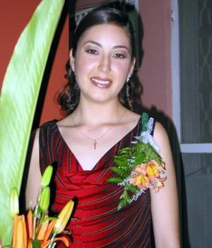 Rosa María Aguilera Moreno fue festejada por un grupo de familiares con una despedida de soltera bíblica.